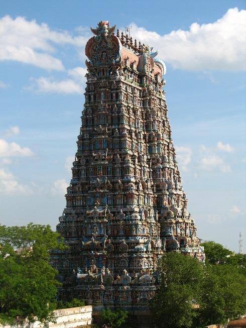 המגדל המרכזי של המקדש המרכזי במדוראי
