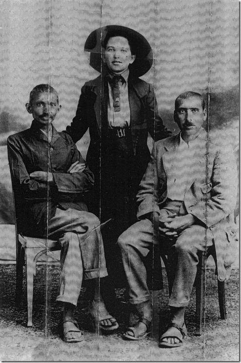 גנדהי, קלנבך וסוניה שלצין