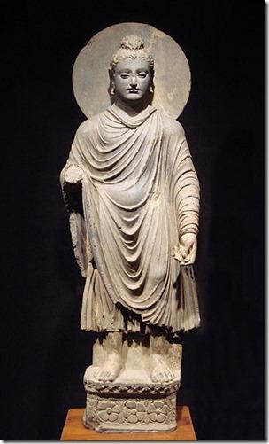 פסל בודהה מהמאה הראשונה או שנייה לספירה